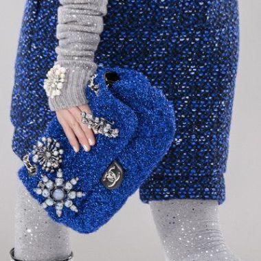 MOB 46 Sur pochette bleue